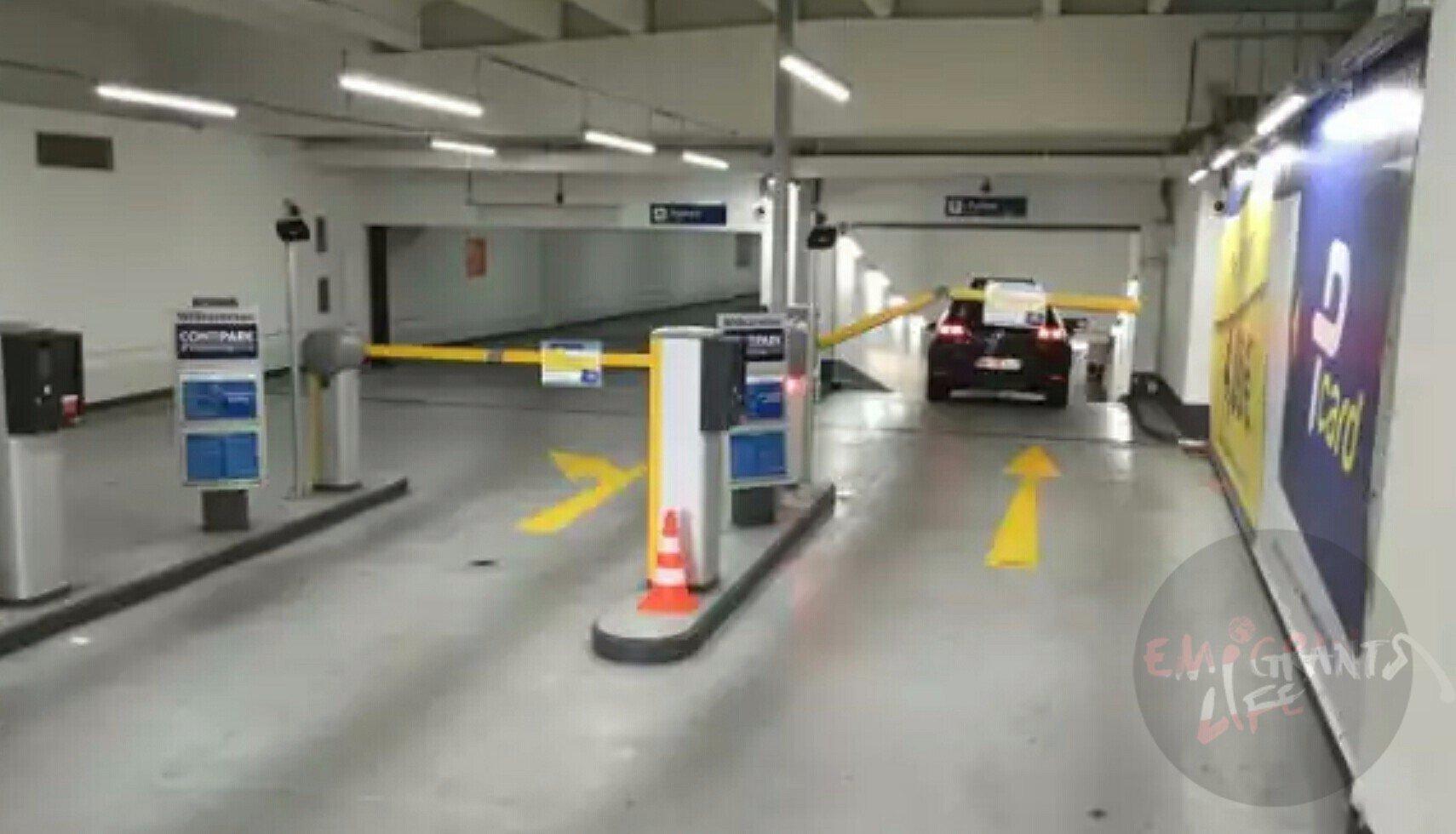 Подземная парковка в Линце