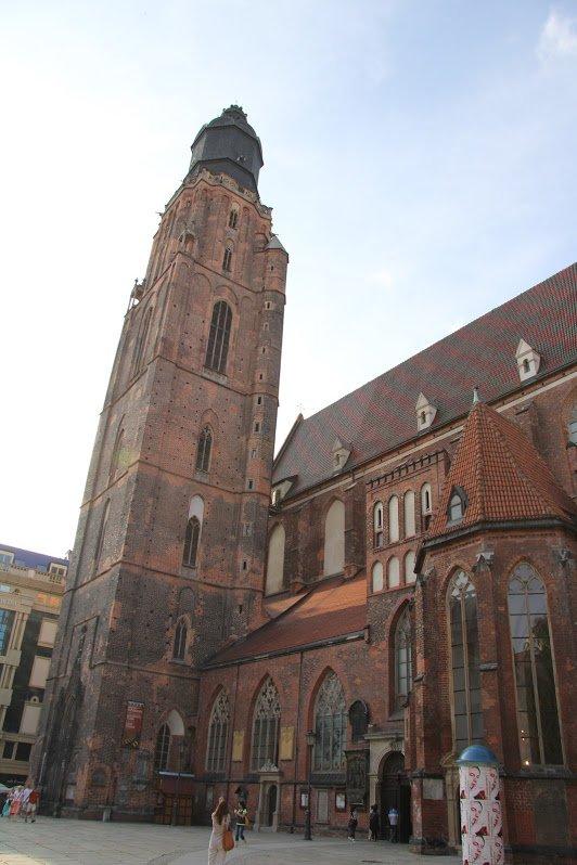 Костёл Святой Елизаветы, Вроцлав, Польша. Июль, 2013