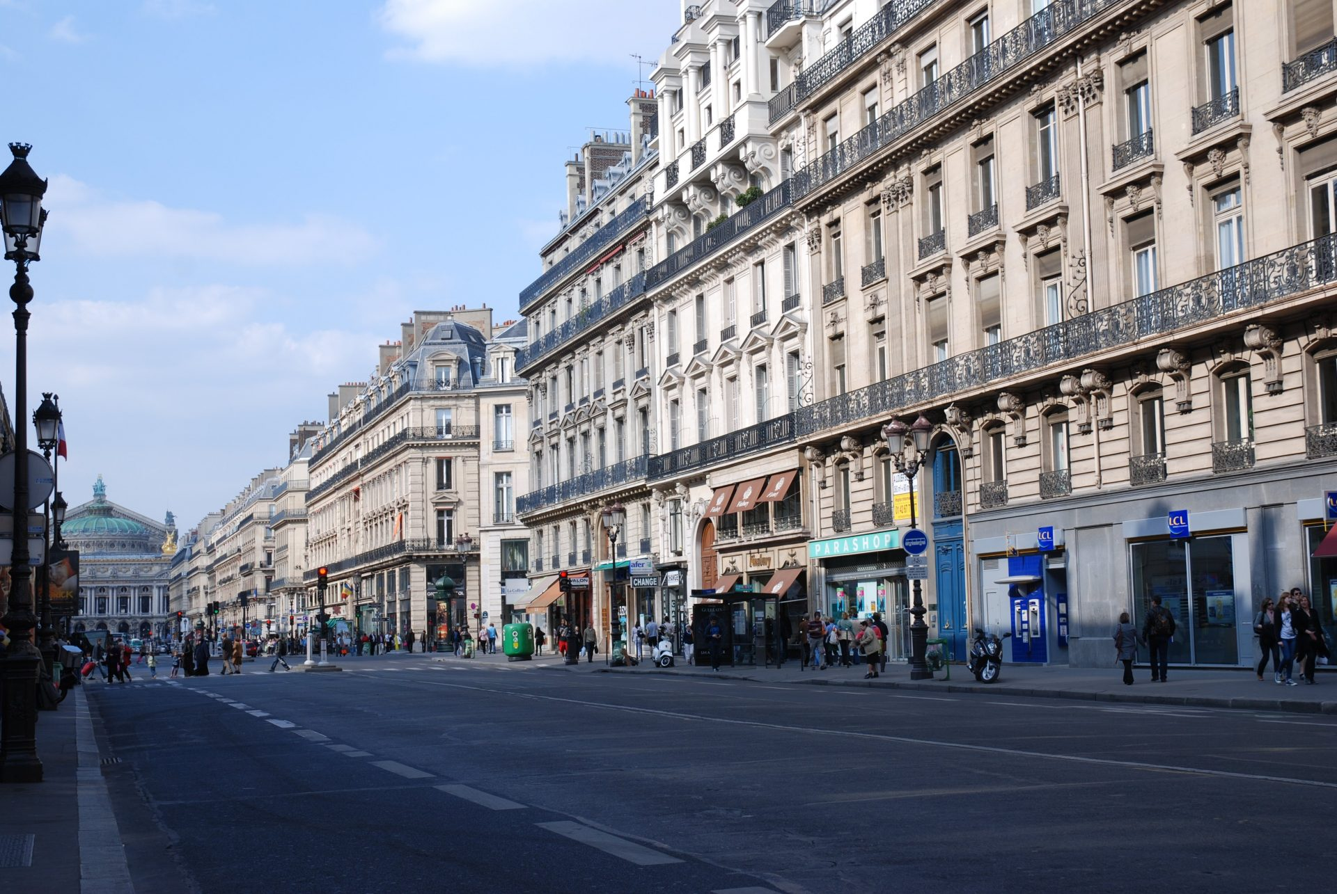 Avenue de l'Opéra, Париж, Франция. Апрель, 2011