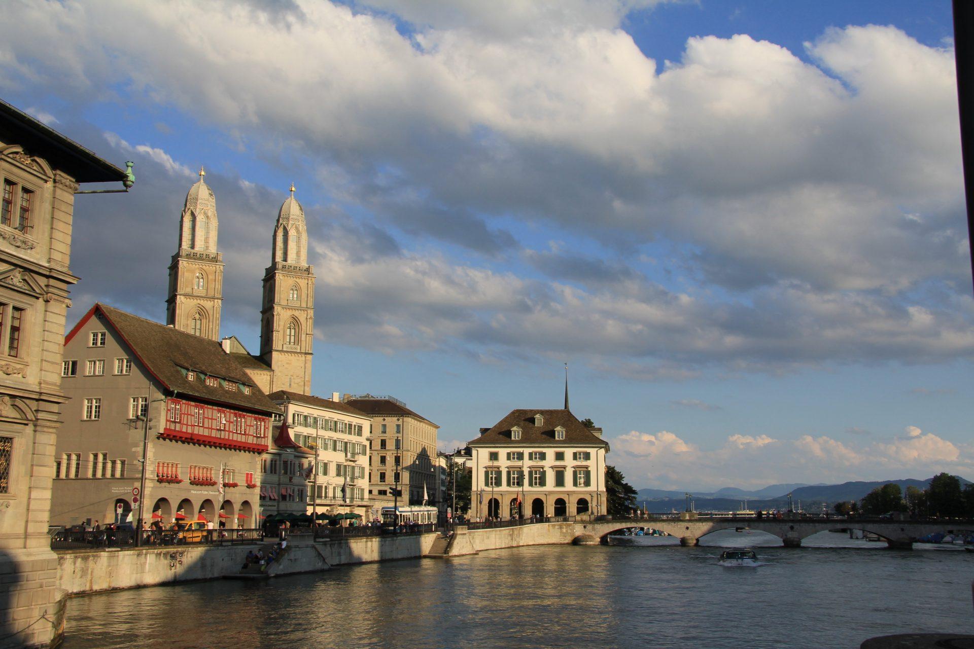 Гросмюнстер, Цюрих, Швейцария. Июль, 2012