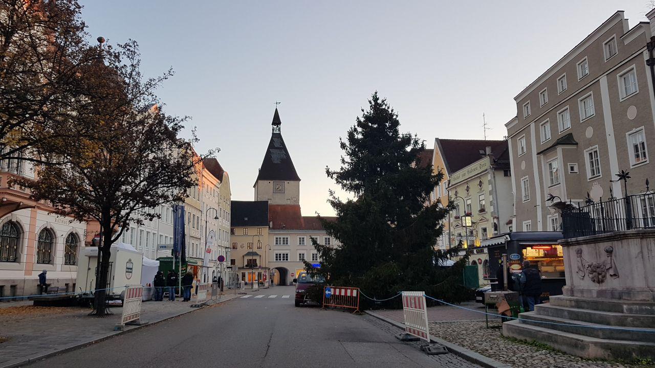 Центральная площадь, Браунау-ам-Инн, Австрия. Декабрь, 2018