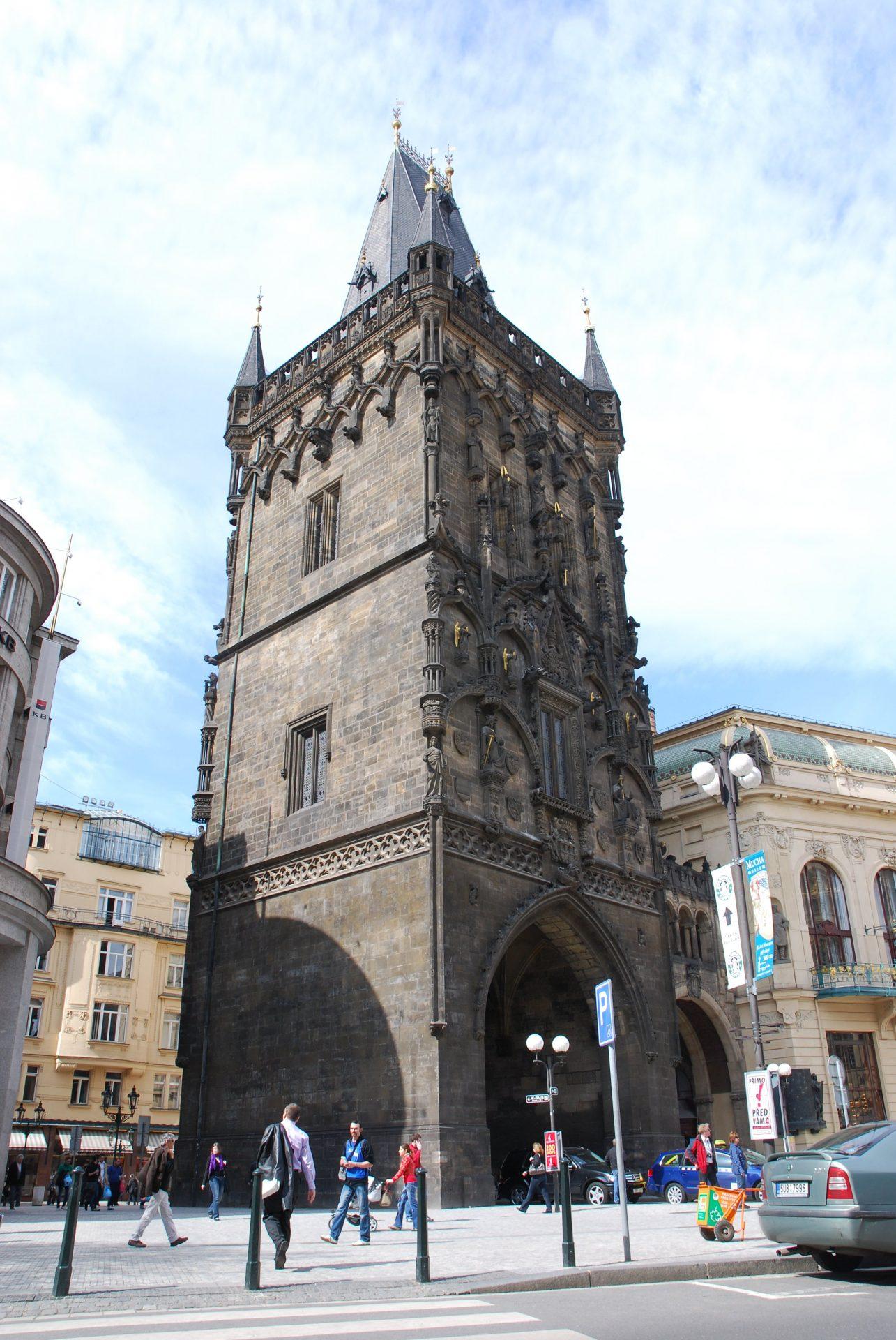 Пороховая башня, Прага, Чехия. Апрель, 2011.