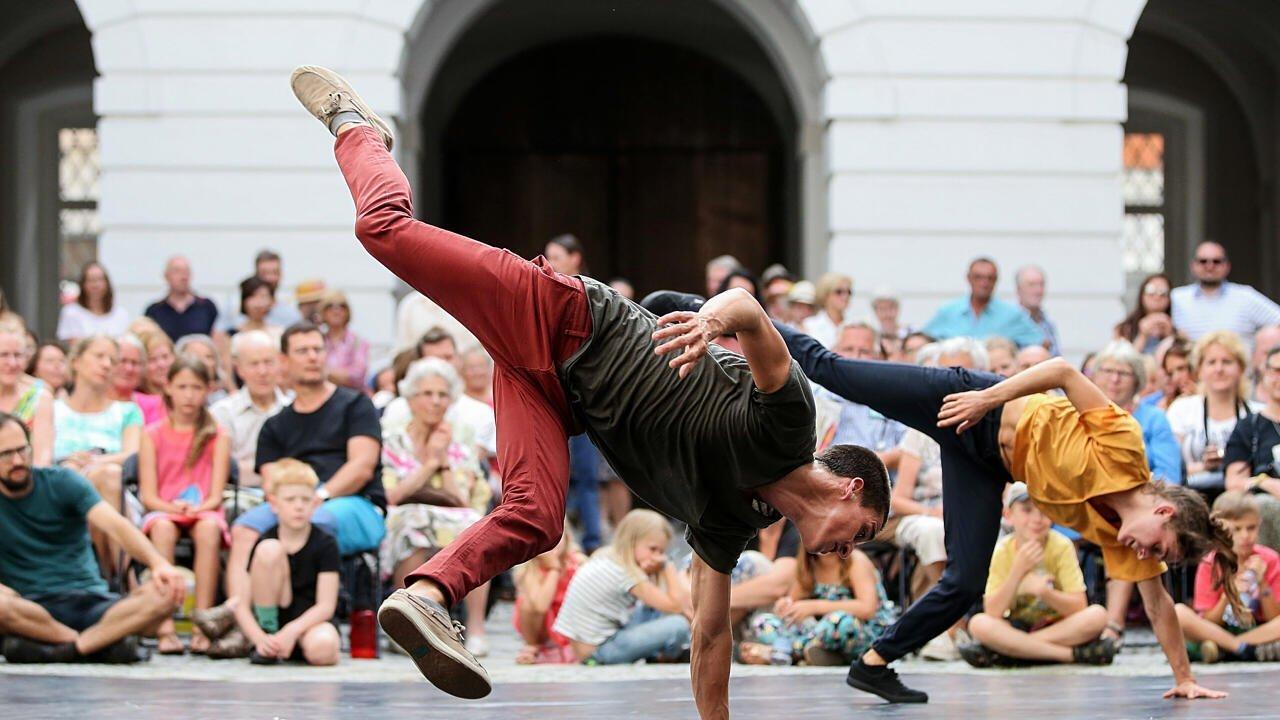 Фестиваль уличных театров в австрийском Линце поставил рекорд по посещаемости