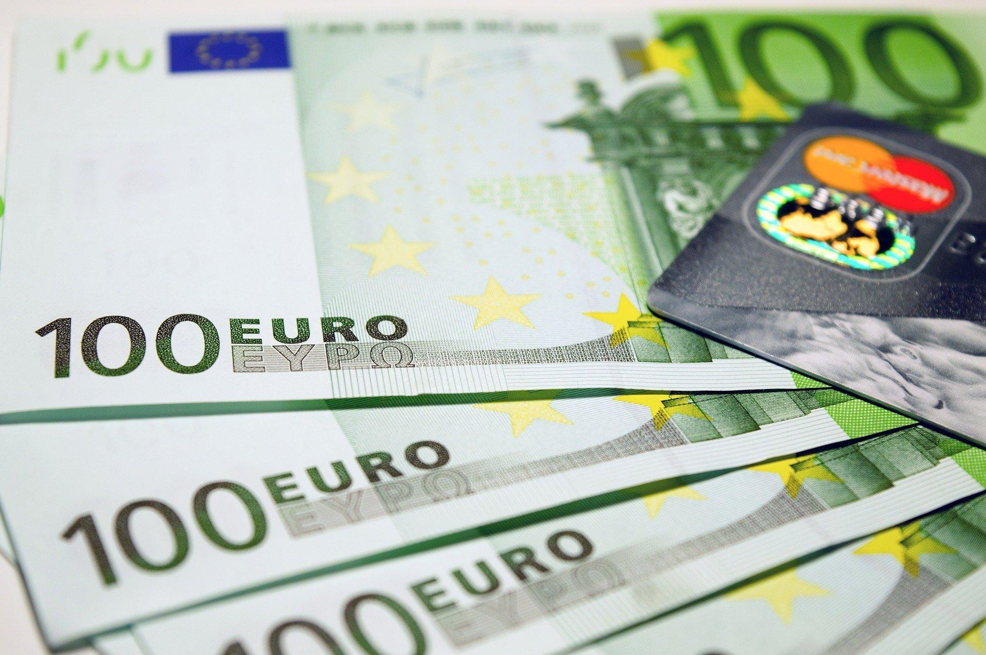 SPÖ потребовала сделать 1700 евро минимальной зарплатой в Австрии