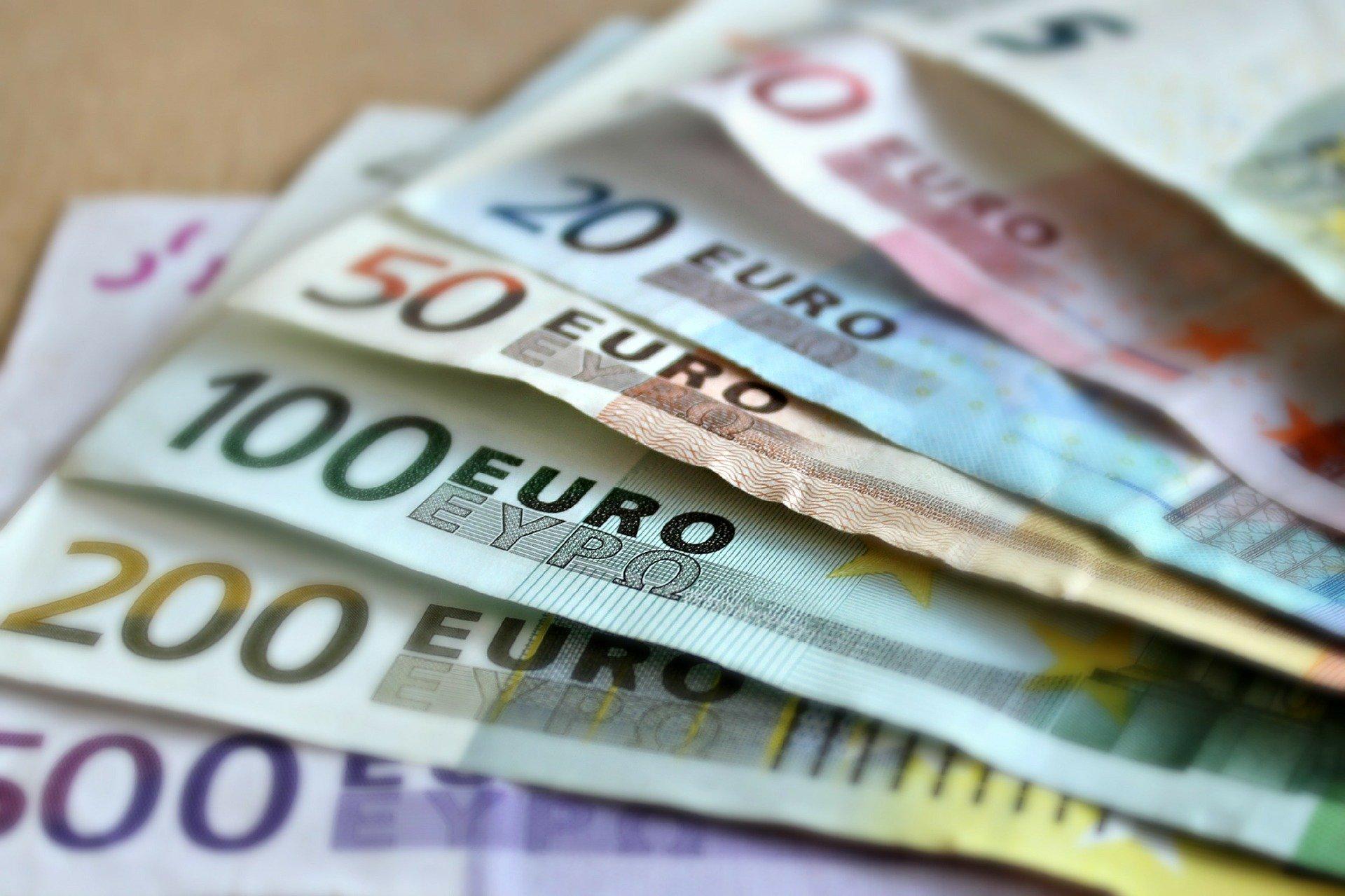 СМИ Австрии: 1.200 € — базовый доход для всех без учёта?