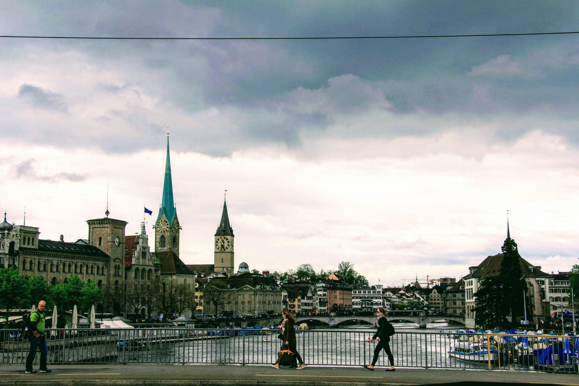 Река Лиммат, Цюрих, Швейцария. Апрель, 2013