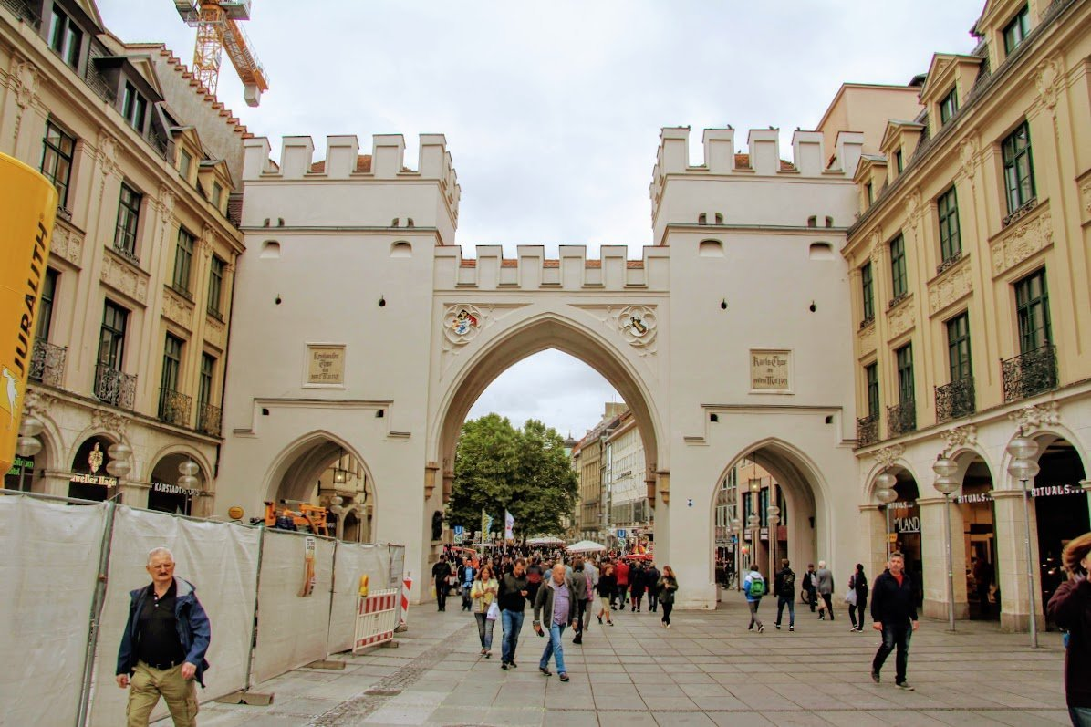 Карловы ворота, Мюнхен, Германия. Сентябрь, 2019