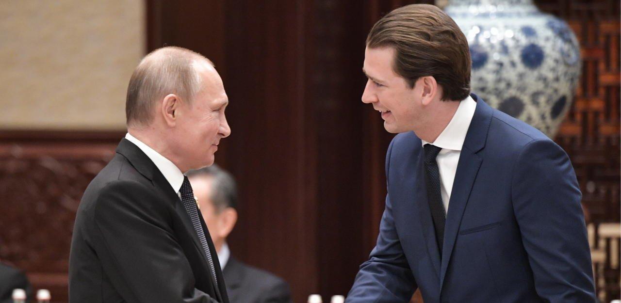 СМИ Австрии: Путин поздравляет Курца