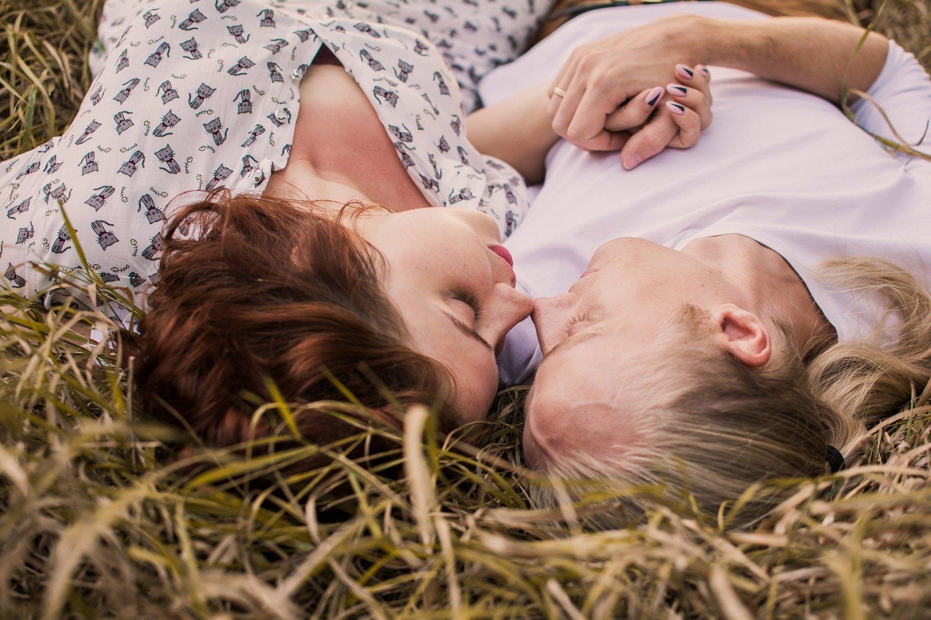 СМИ Австрии: Исследования показывают, что мужчины влюбляются быстрее