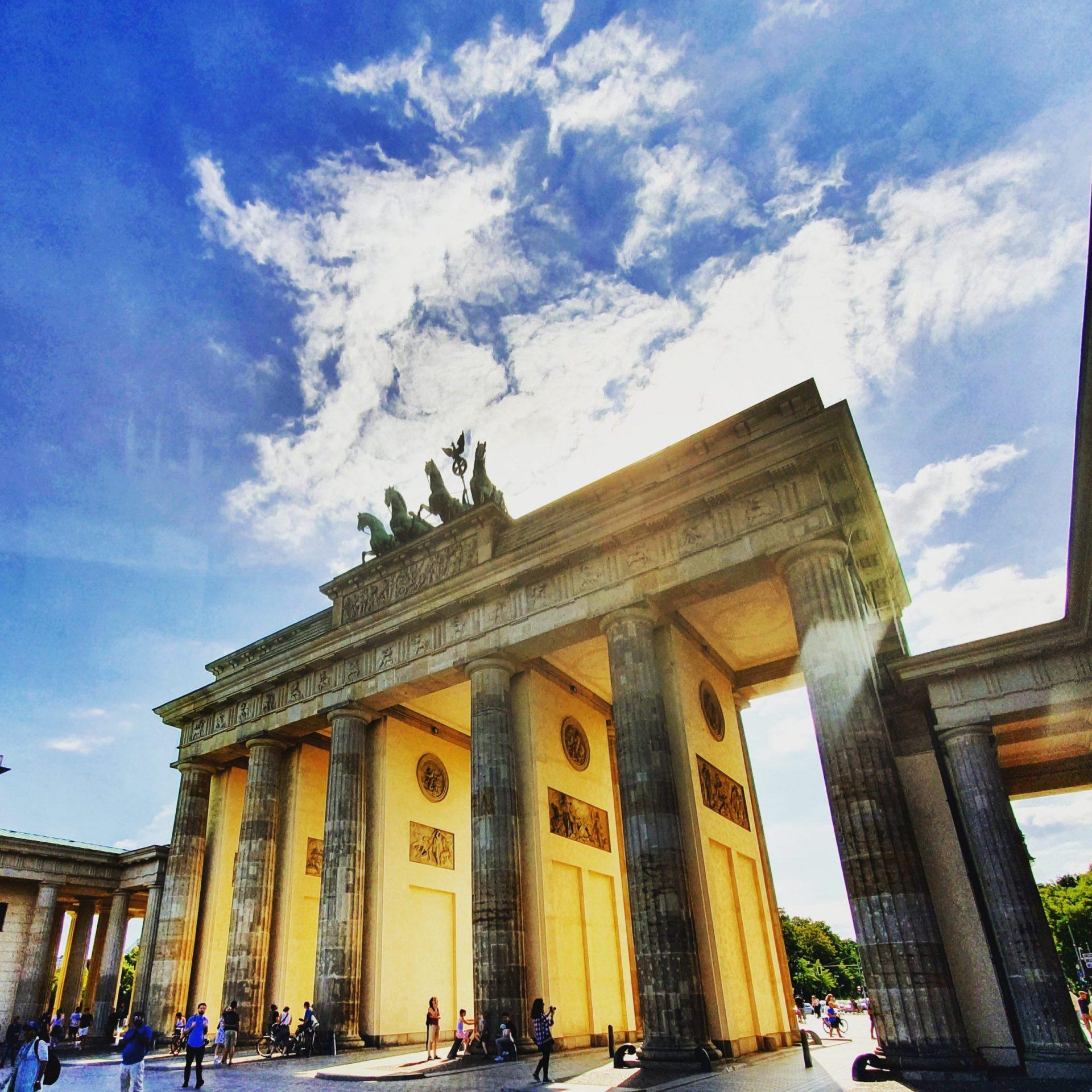 Большое интервью с IT-специалистом, работающим в Германии.