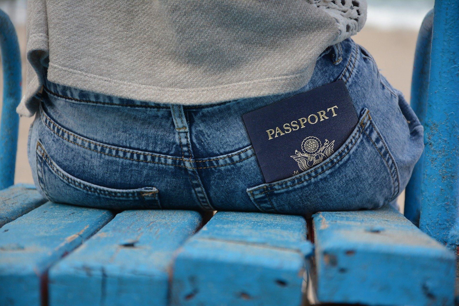 Хочешь эмигрировать, а глаза разбегаются? Экспаты из 11 стран советуют, как подобрать страну