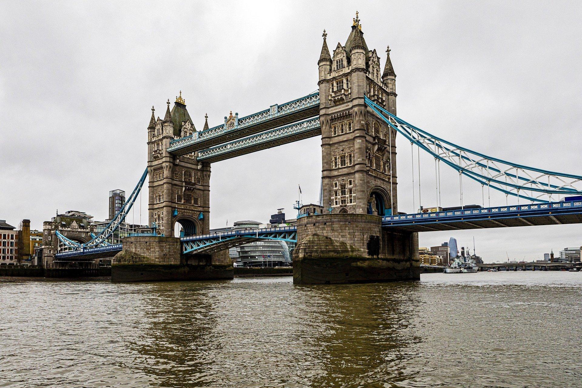 Как живётся в Лондоне на самоизоляции? Честное интервью с сибирячкой.